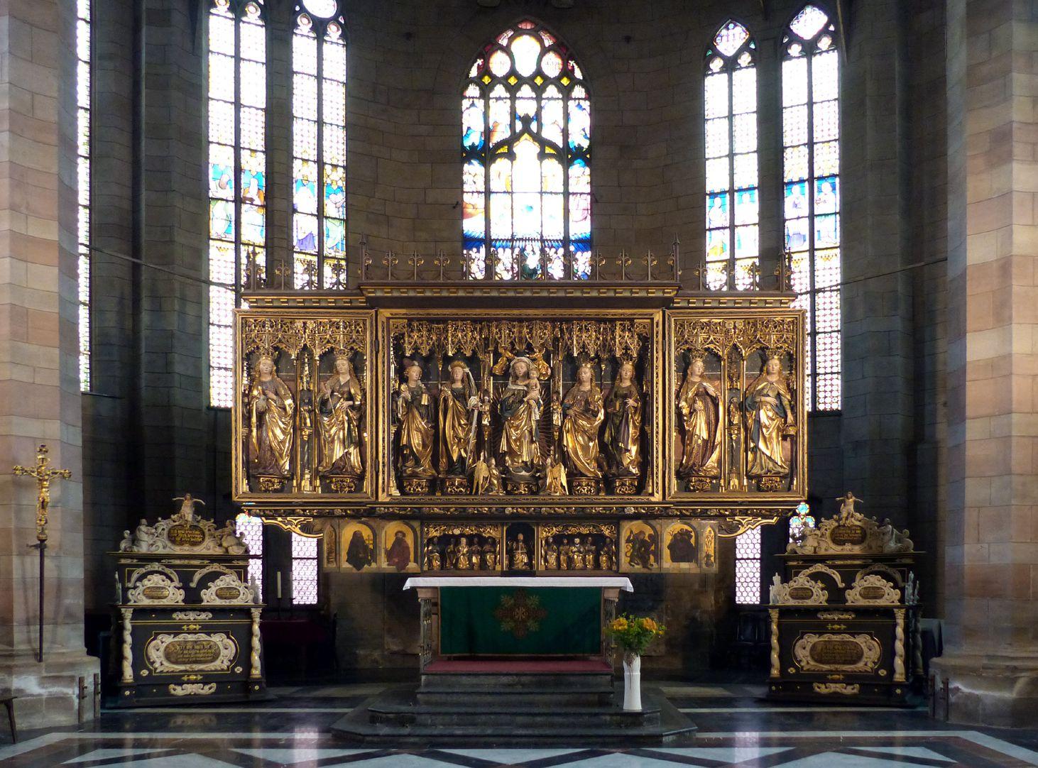 Zwickauer Hochaltarretabel Chor mit Hochaltarretabel