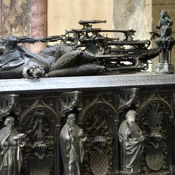 Tomb of the Archbishop Ernest of Saxony