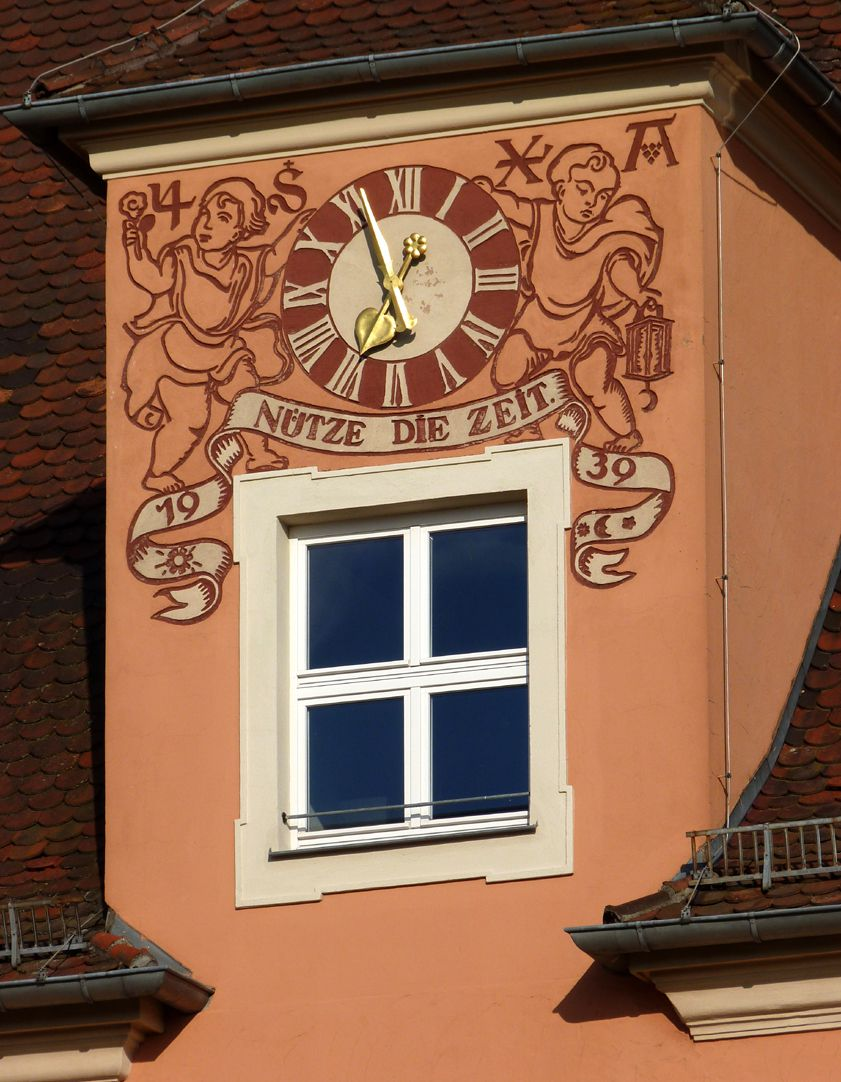 Konrad-Groß-School Gable dormer with clock
