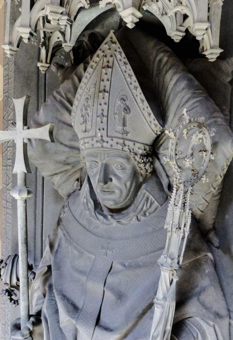 Tomb of the Archbishop Ernest of Saxony Der Bischof mit Mitra, Stab und Kreuzzepter