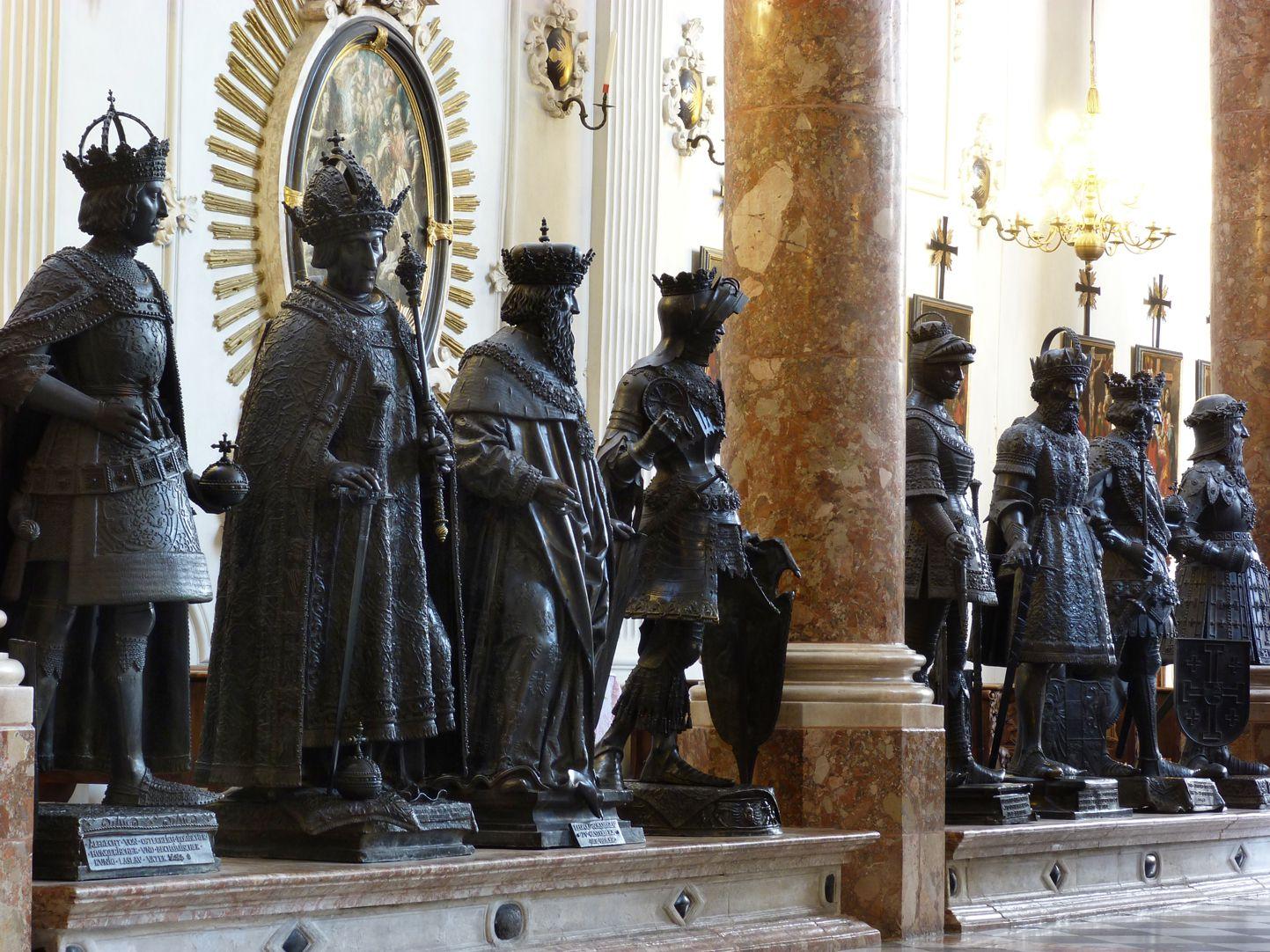 Albrecht II (Innsbruck) Men´s side, right of the Maximilian Cenotaph: First from the left King Albrecht II