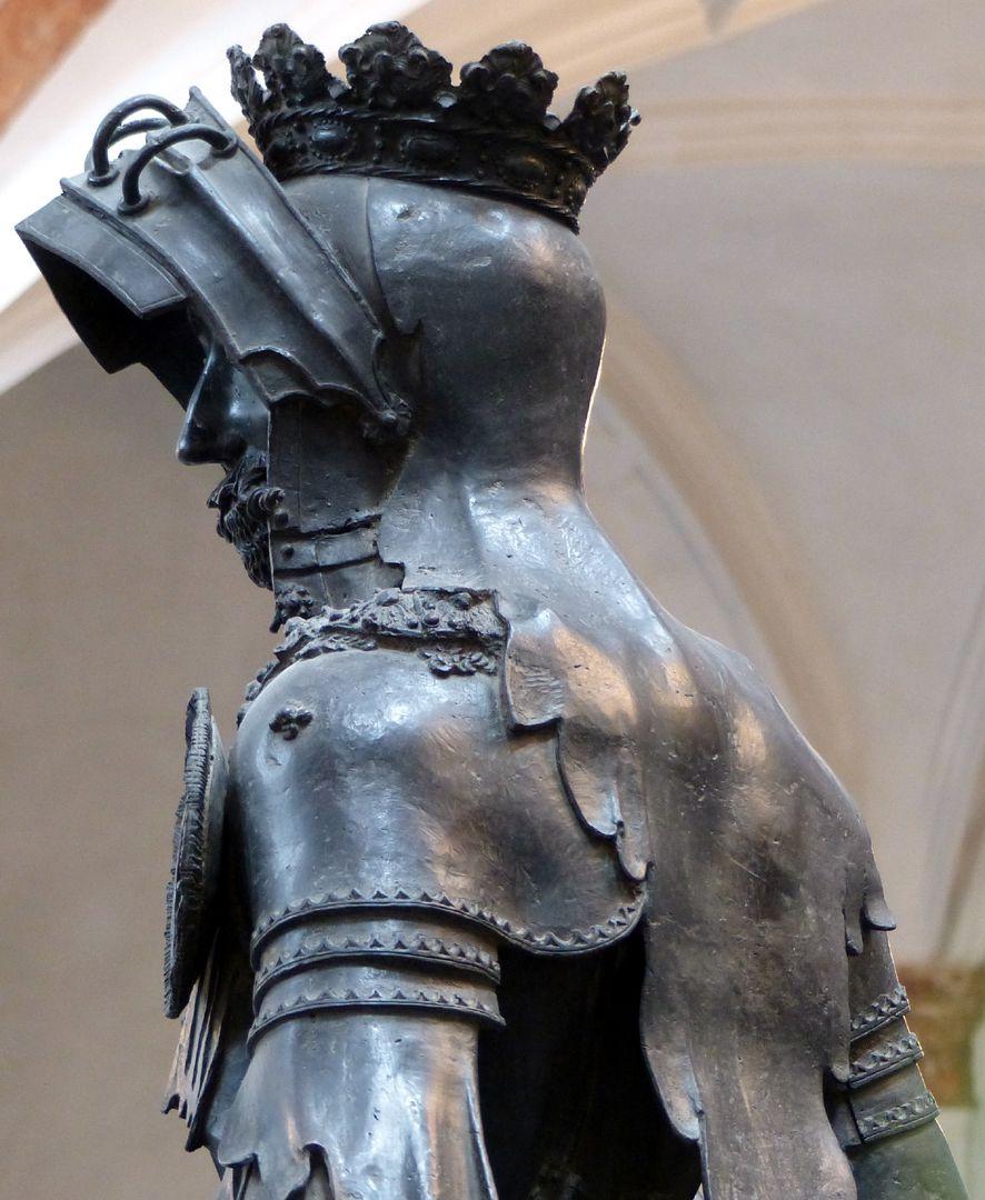Albrecht of Habsburg (Innsbruck) Diagonal view with head profile