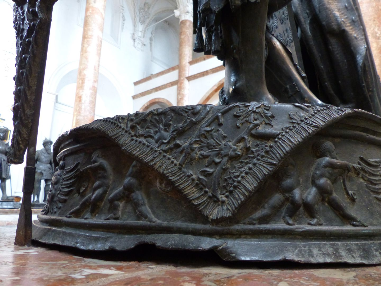 Albrecht of Habsburg (Innsbruck) Pedestal with pairs of putti