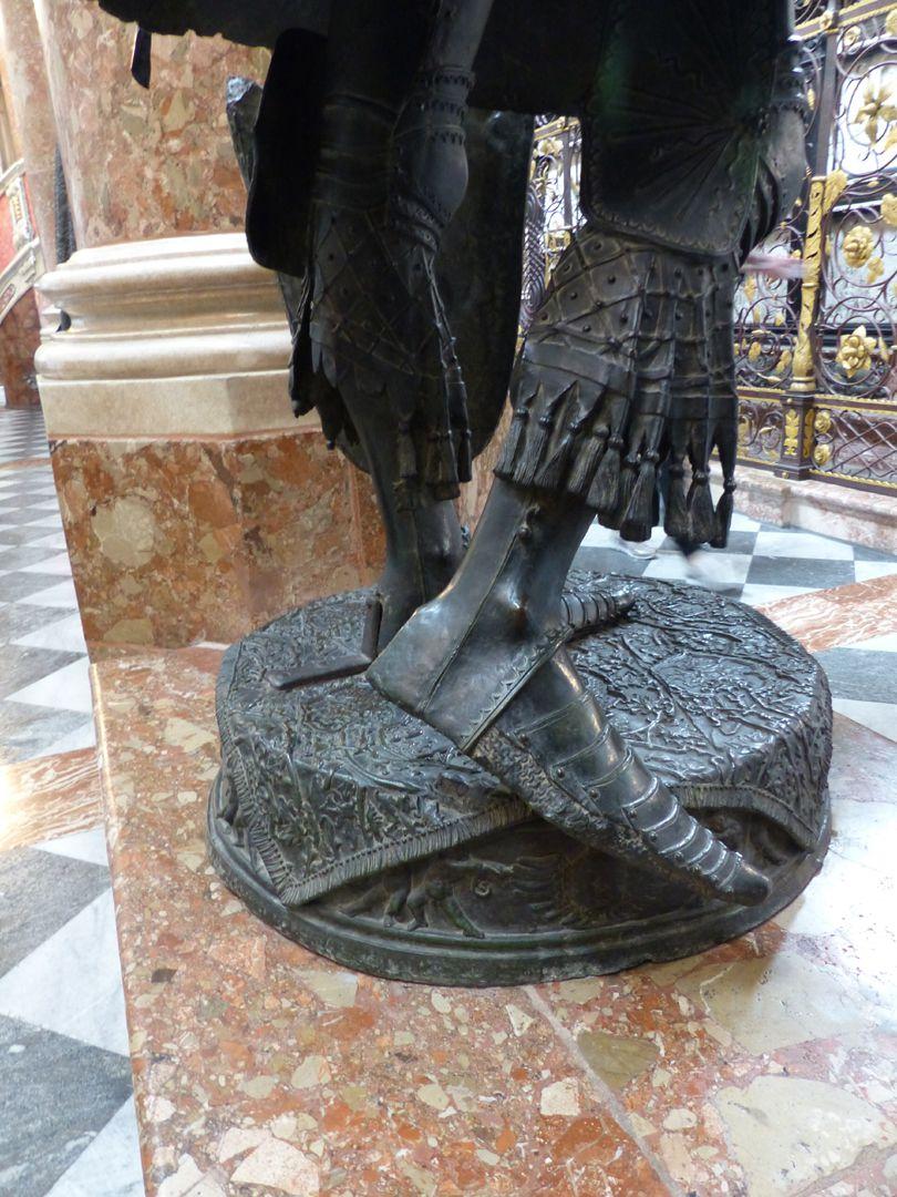 Albrecht of Habsburg (Innsbruck) Standing leg and free leg