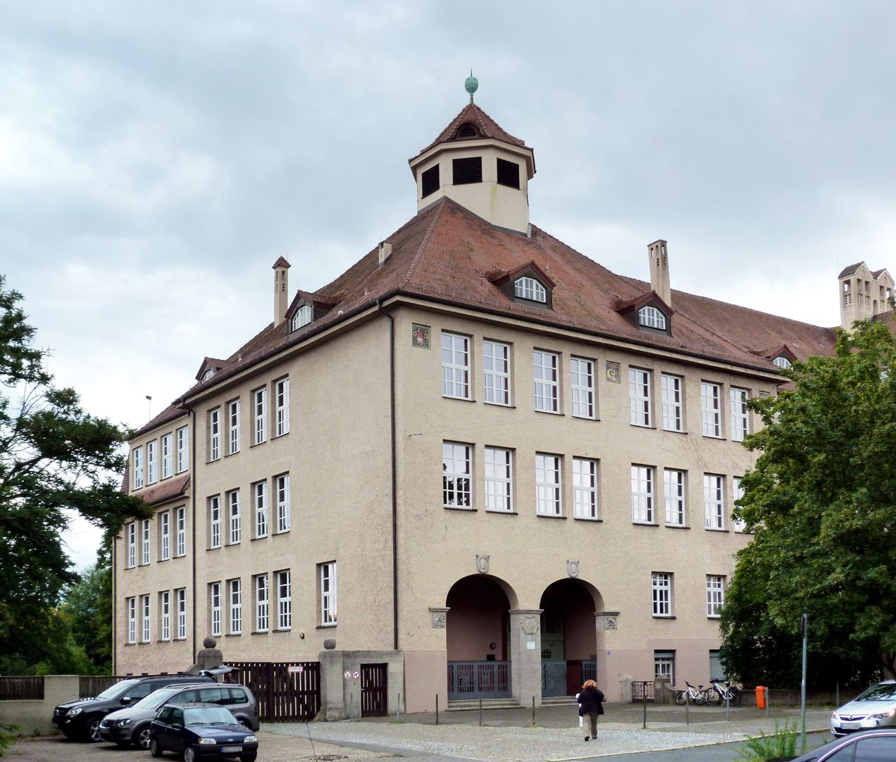 Georg-Paul-Amberger-School Corner, entrance, view from the north