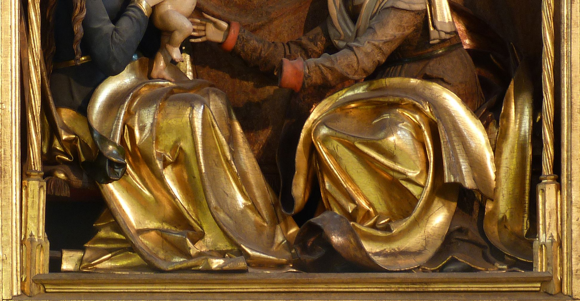 St. Anne´s Altar Central shrine, detail of the gowns of the main figures