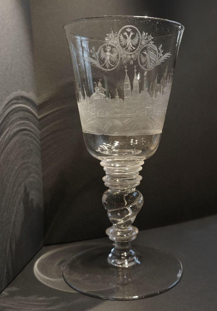 Barocker Glaspokal mit Nürnberg-Panorama