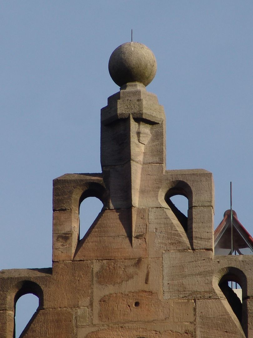 Unschlitthaus Gable front with finial quoting the outline of the Ulmer tower by Matthaeus Ensinger