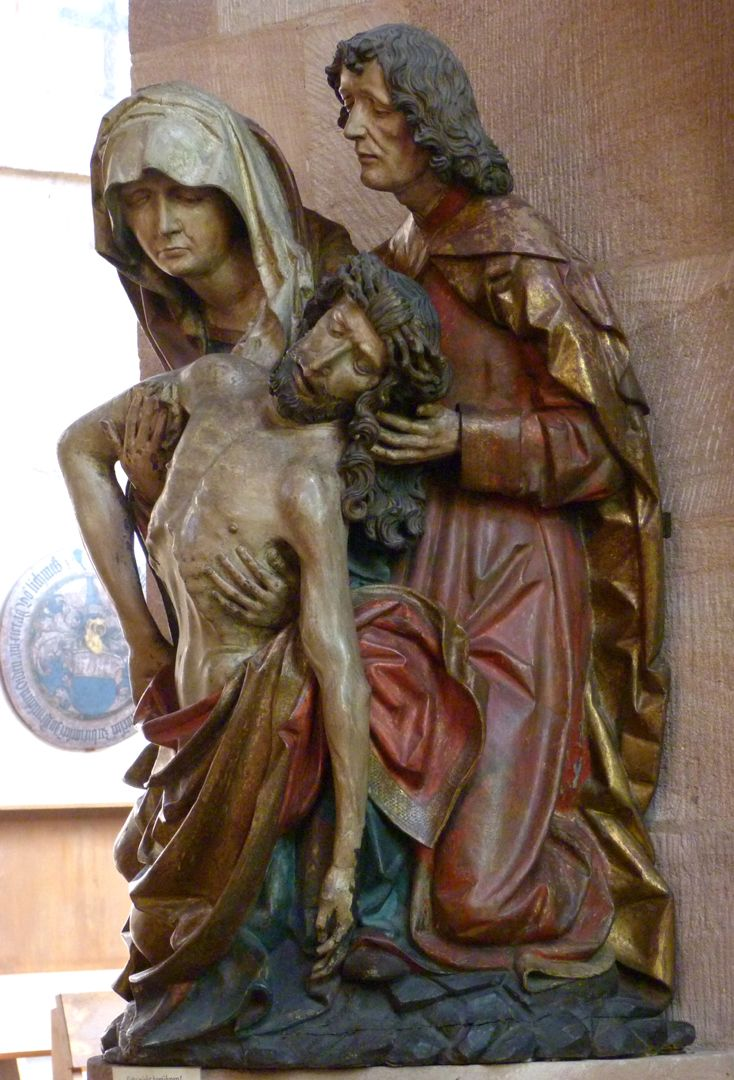 Great Pietà side view from the right