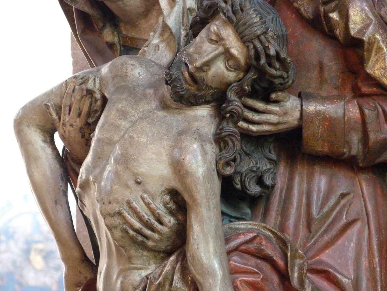 Great Pietà Torso of Jesus from the right
