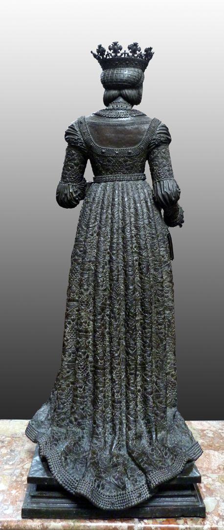 Empress Bianca Maria Sforza (Innsbruck) Rear view