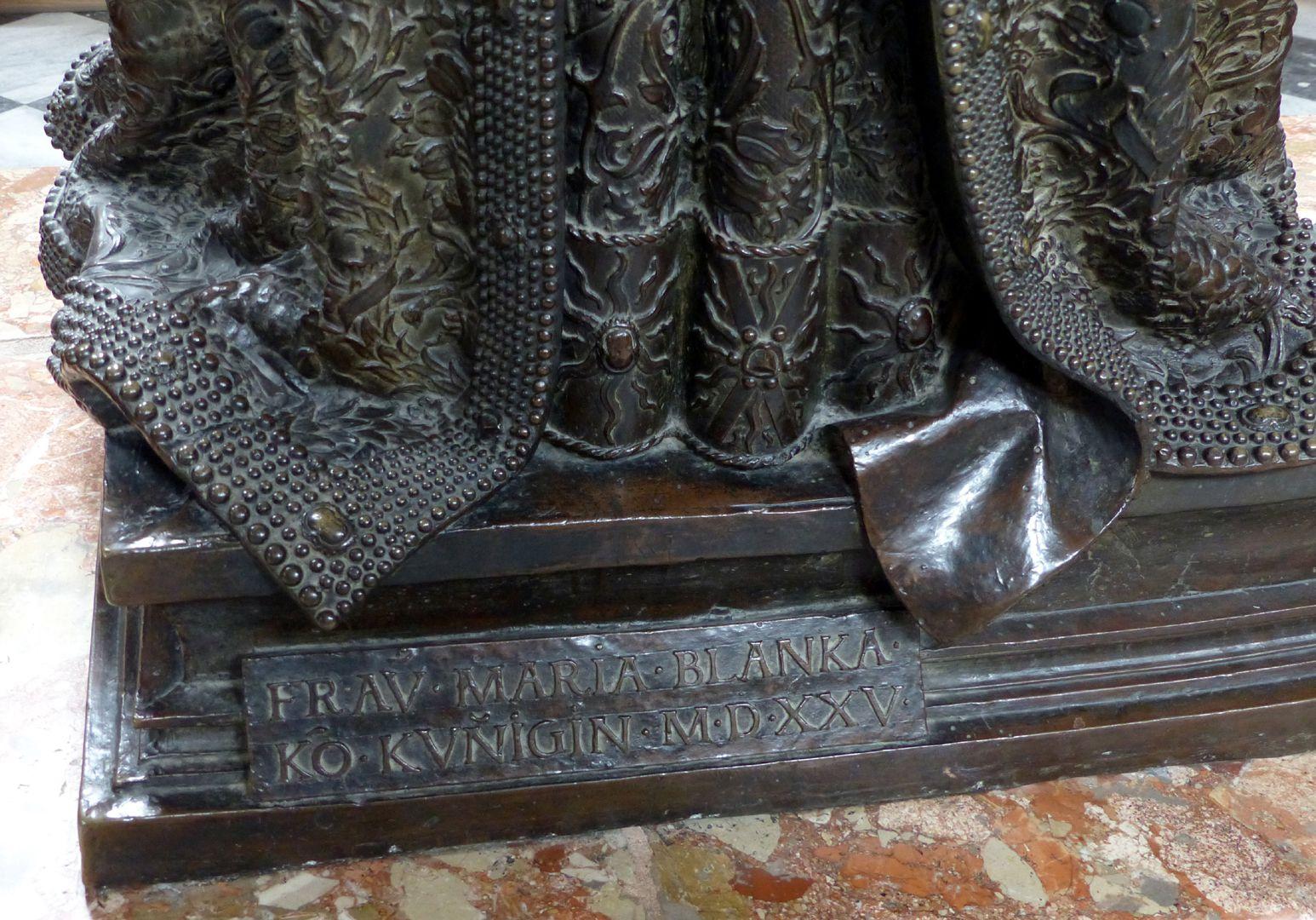 Empress Bianca Maria Sforza (Innsbruck) Pedestal with inscription
