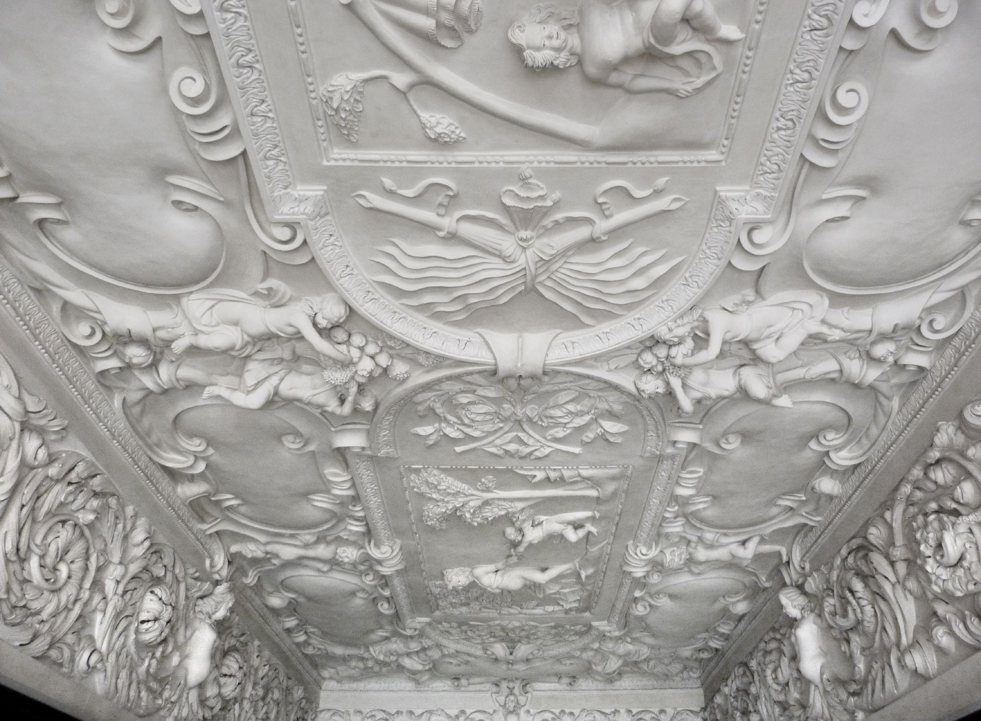 Stuccoed ceiling in the Fembo house View towards west