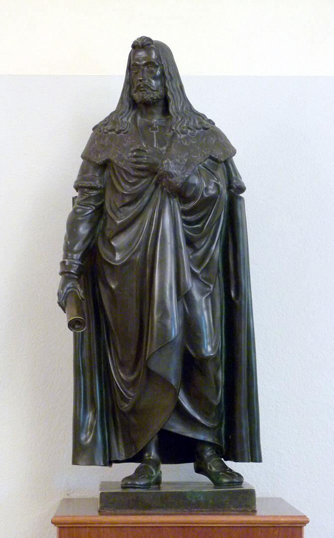 Statuette of Albrecht Durer General view
