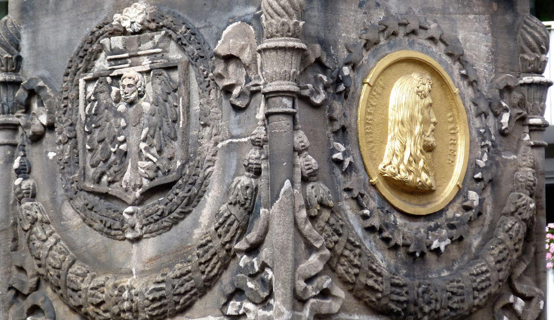 Dürer-Pirckheimer-Fountain Pylon with the City´s Coat of Arms and Durer medallion  Northwest corner