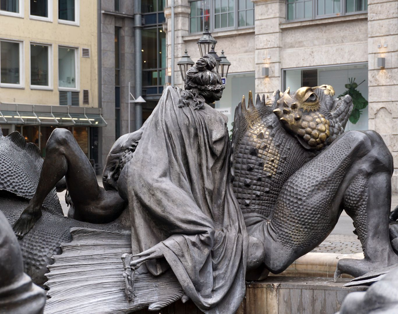 "Marriage carousel/ Hans Sachs Fountain ""Hell Dragon"", back"