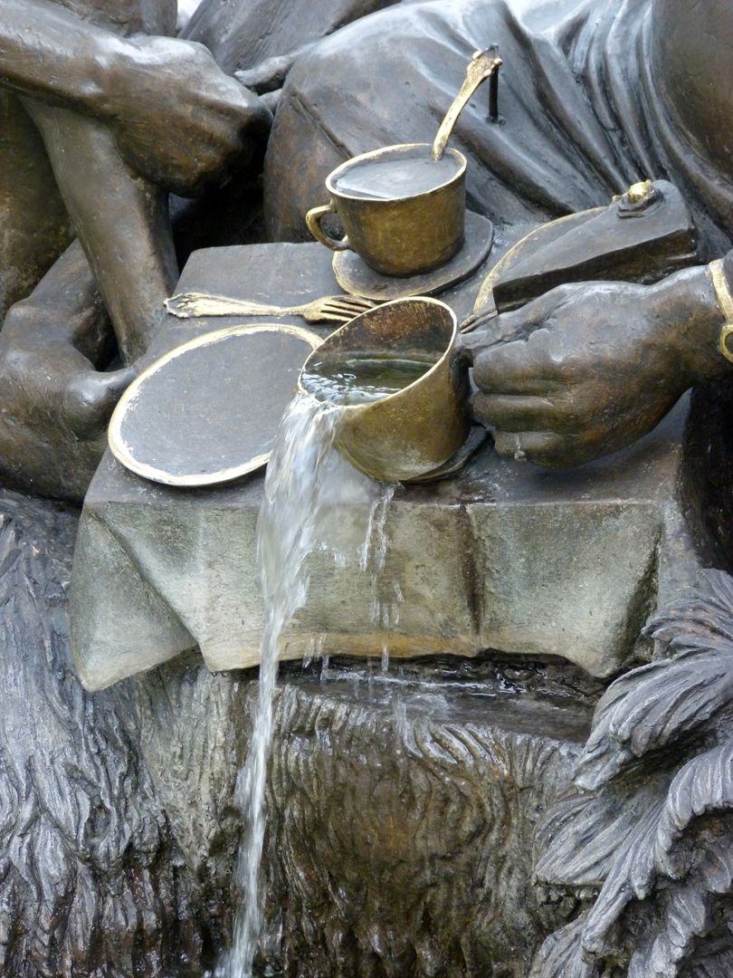 """Marriage carousel/ Hans Sachs Fountain """"Wolverine""""/ detail with overflowing cup"""