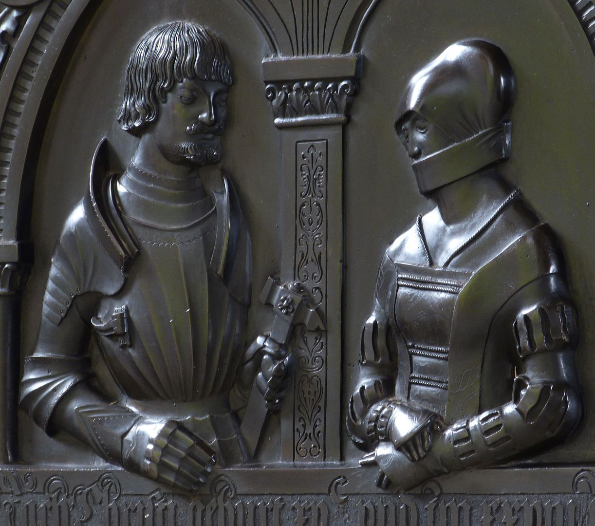 Epitaph of Walburga of Schaumberg and her consort, Sebastian Figure busts, diagonal view from the right