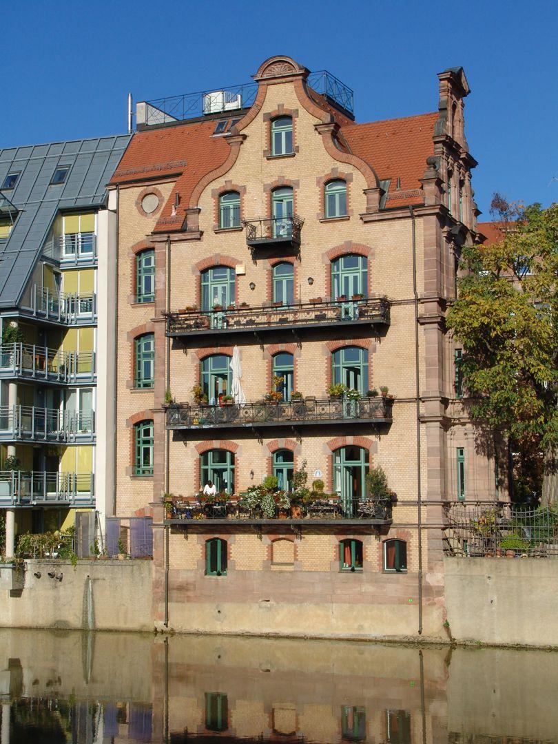 Residential Building, Großweidenmühlstraße 1 South side facing the river Pegnitz
