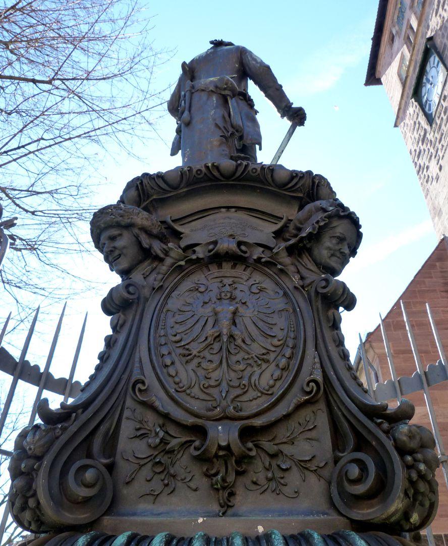 Grübelsbrunnen Untersicht von Nord