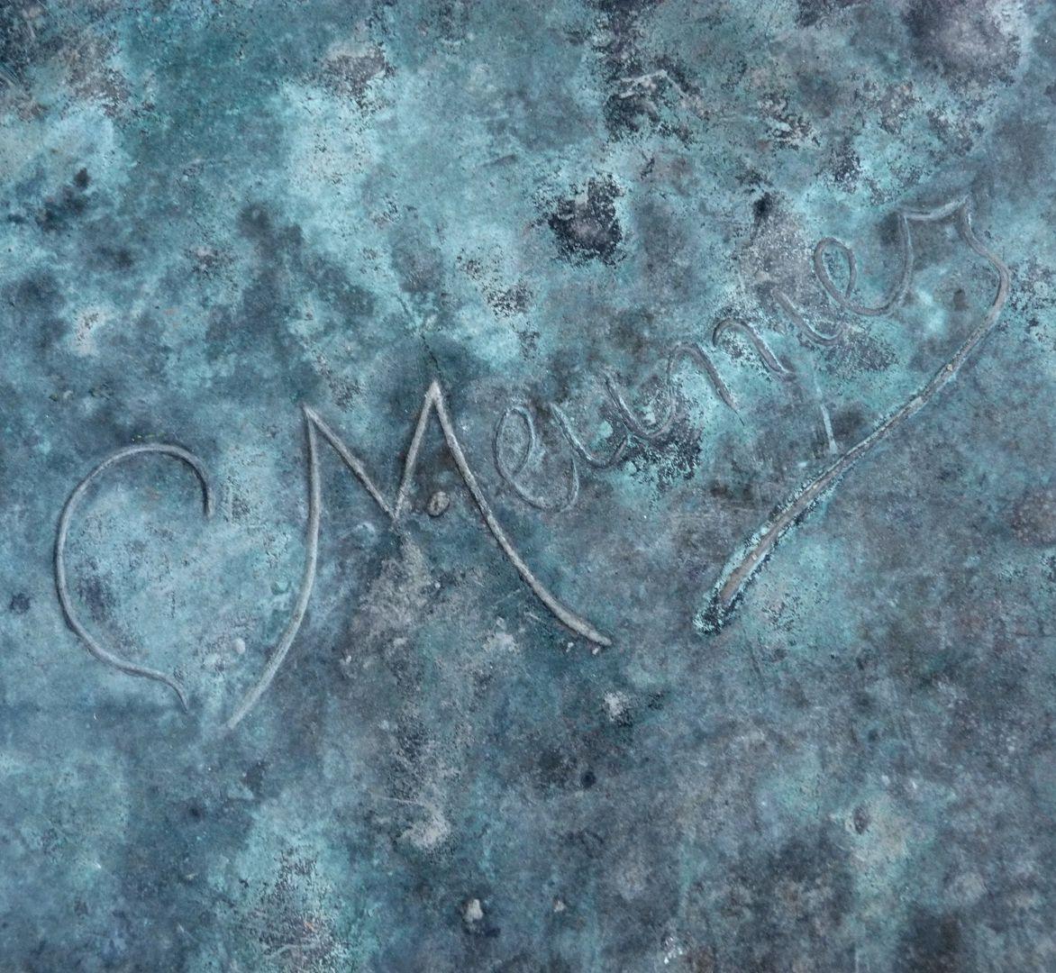 Master smith Artist´s signature on the pedestal