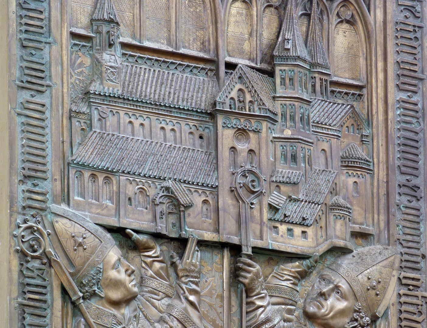 Memorial panel for Hariolf and Erlolf Kirchenmodell, Schrägansicht
