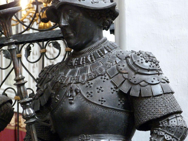 Duke Charles the Bold of Burgundy (Innsbruck) Upper torso