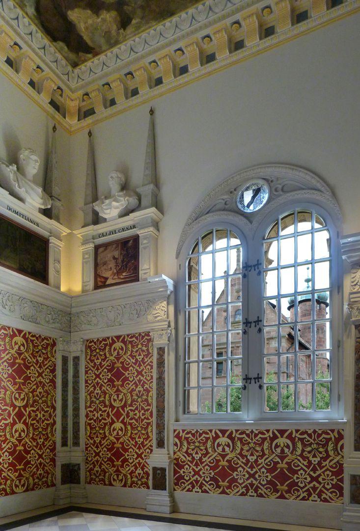 Hirsvogelsaal Southeast corner of the hall