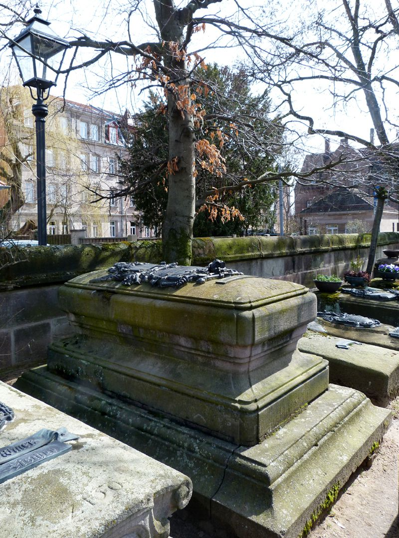 Tomb of Georg Wolff Pantzer and his spouse Anna Maria Elisabetha Ruland Total view