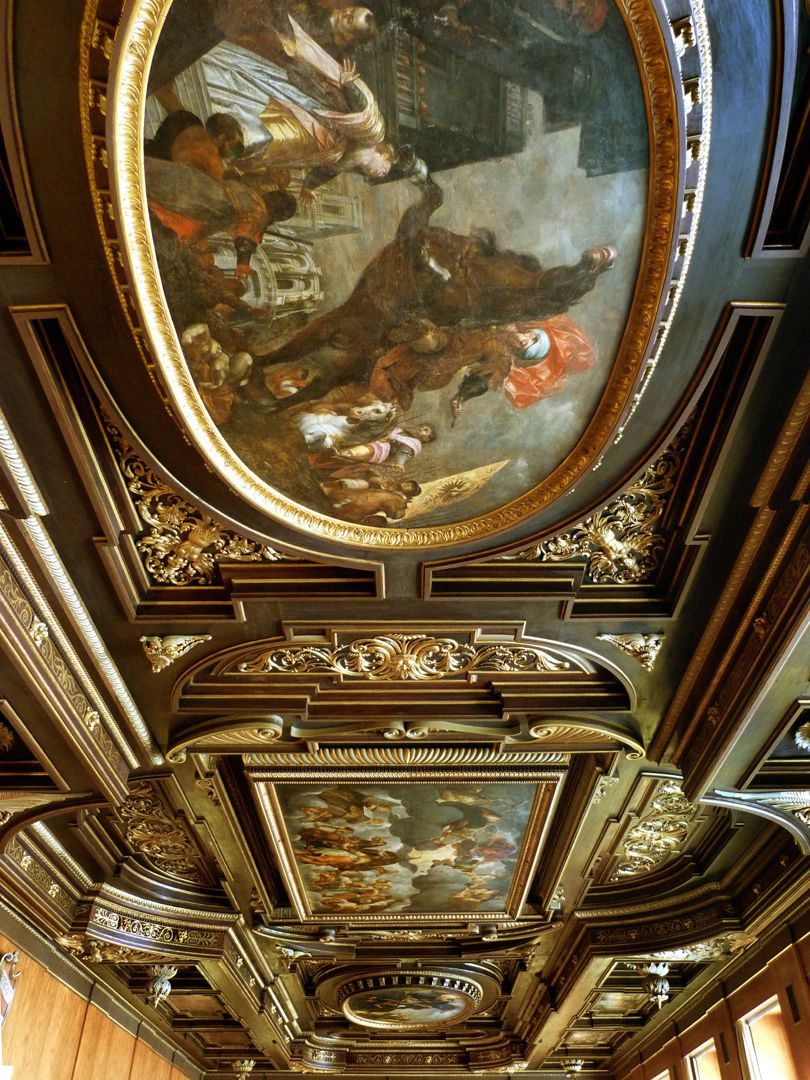 Ceiling painting in the small hall of the City Hall Front: Feat of Marcus Curtius, center: Emperor on the throne, back: demolition of the Tiber bridge