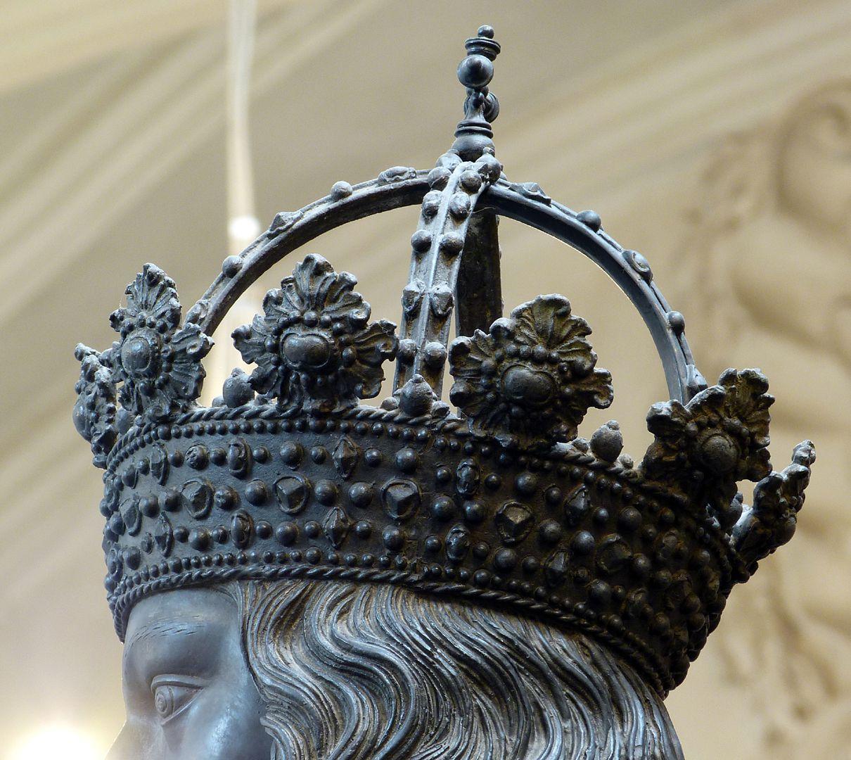 Albrecht II (Innsbruck) Hoop crown