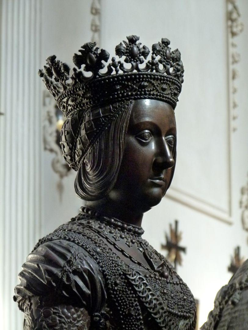 Empress Bianca Maria Sforza (Innsbruck) Bust, diagonal view