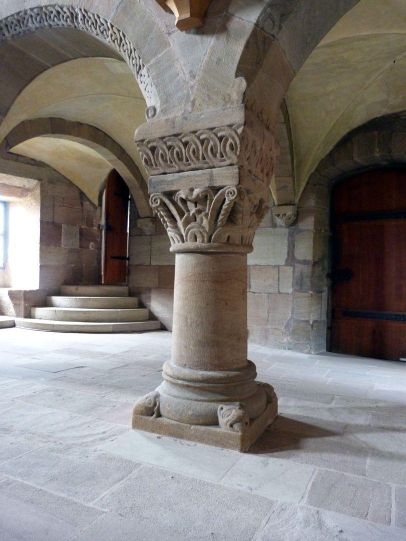 Kapelle der Kaiserburg Pfeiler der Kaiserempore