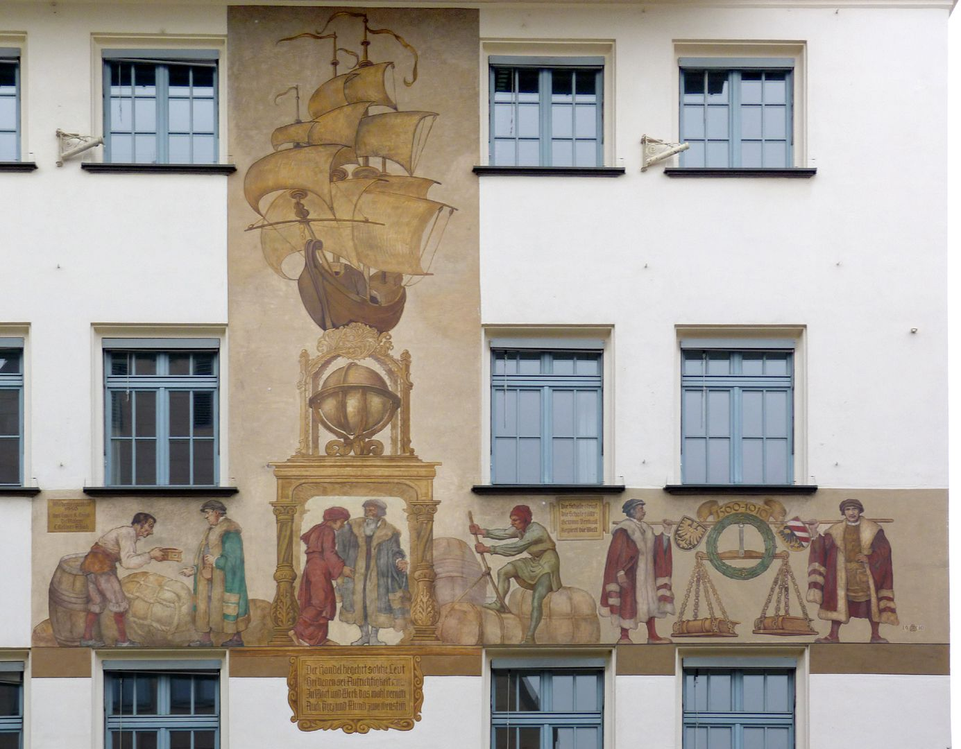 Merchants´trail South front, general view of the mural painting
