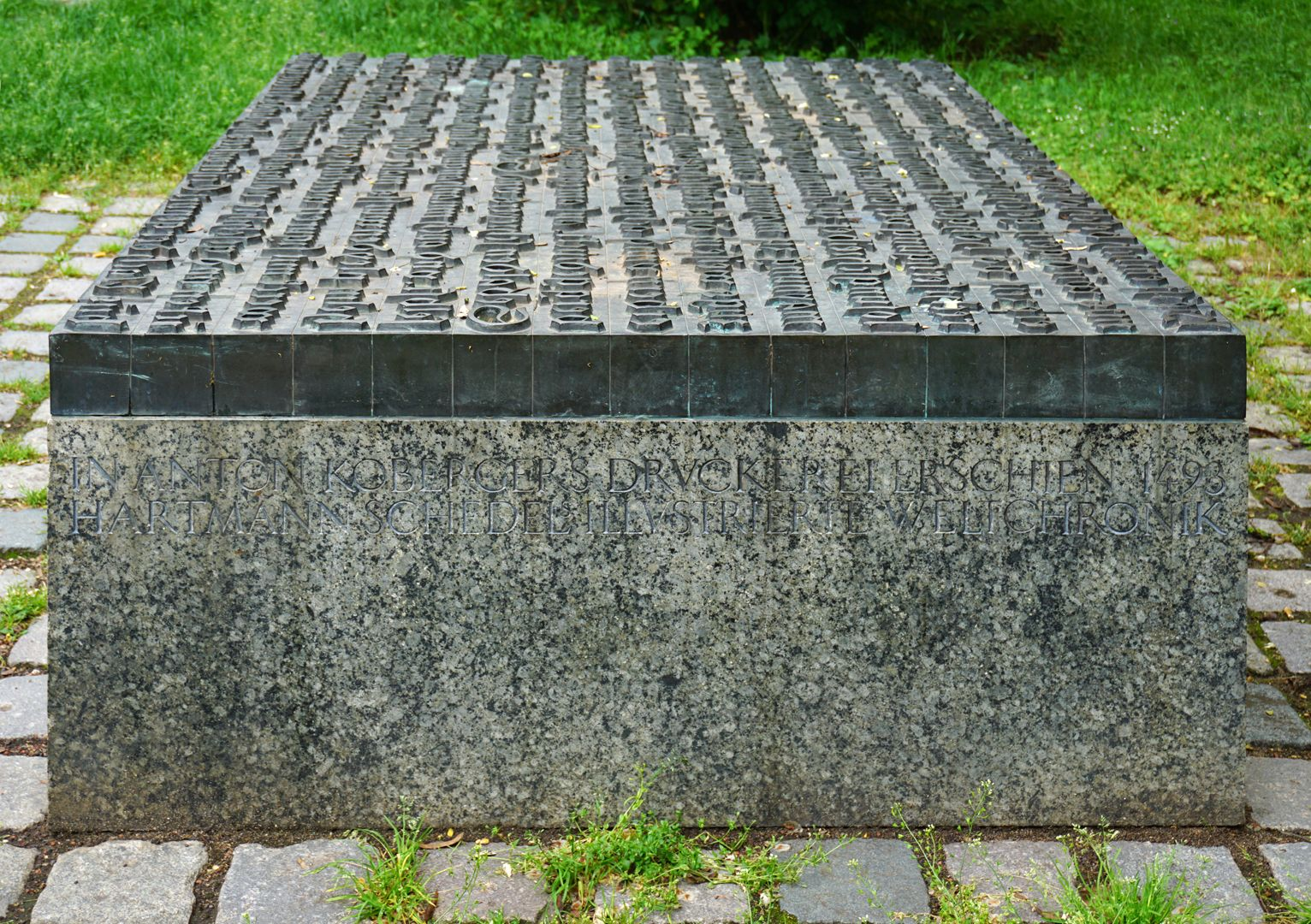 Anton Koberger / Memorial Stone Right side (view from north)