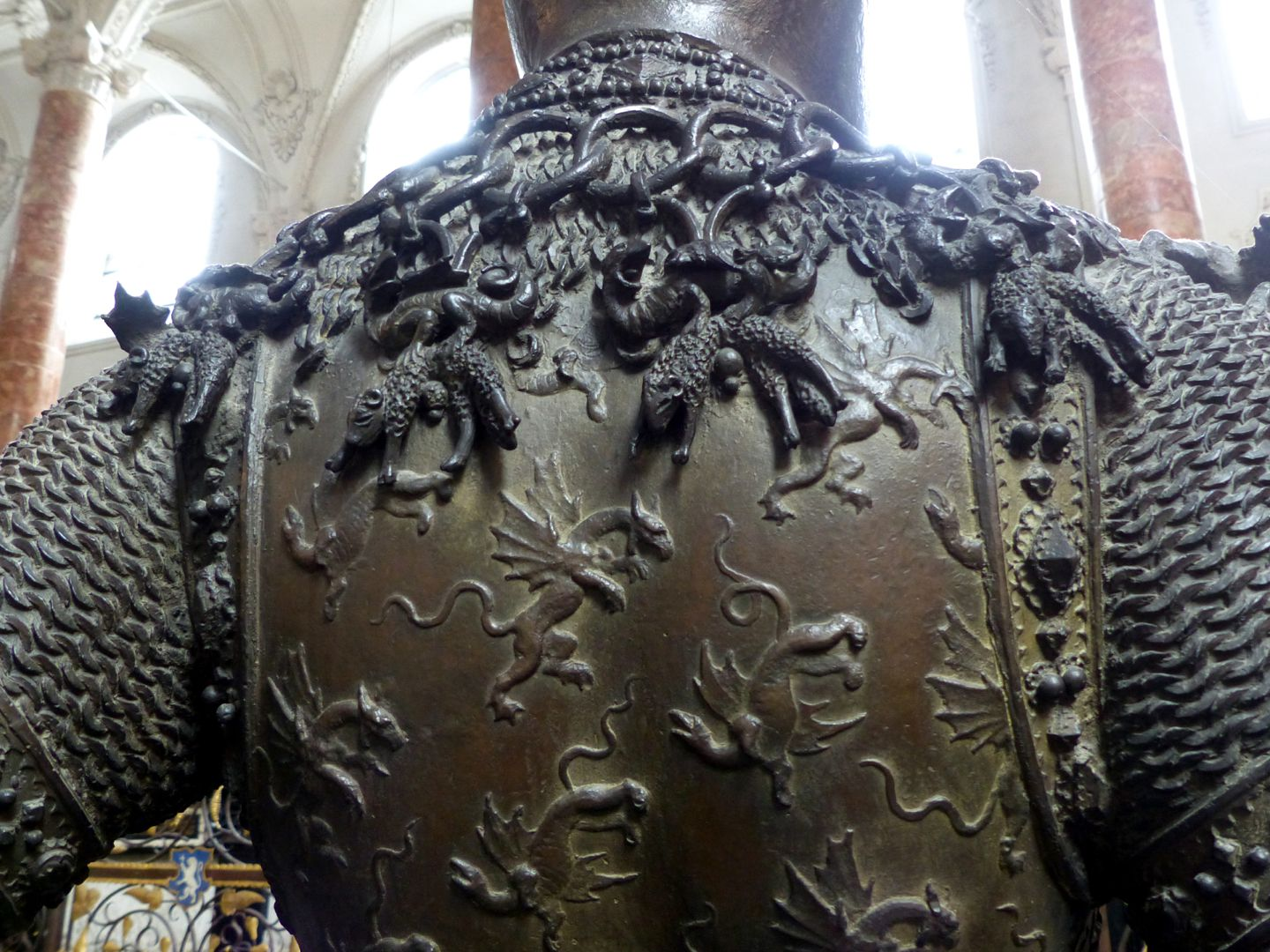 King Arthur (Innsbruck) Armor with dragons, chain with lambs, detail