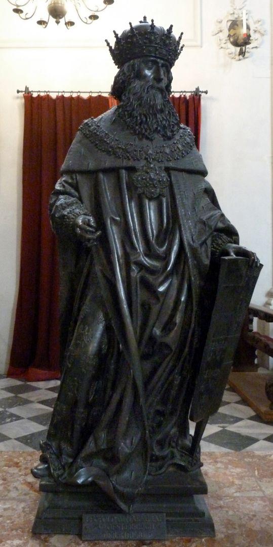 Leopold III (Innsbruck) Frontalansicht