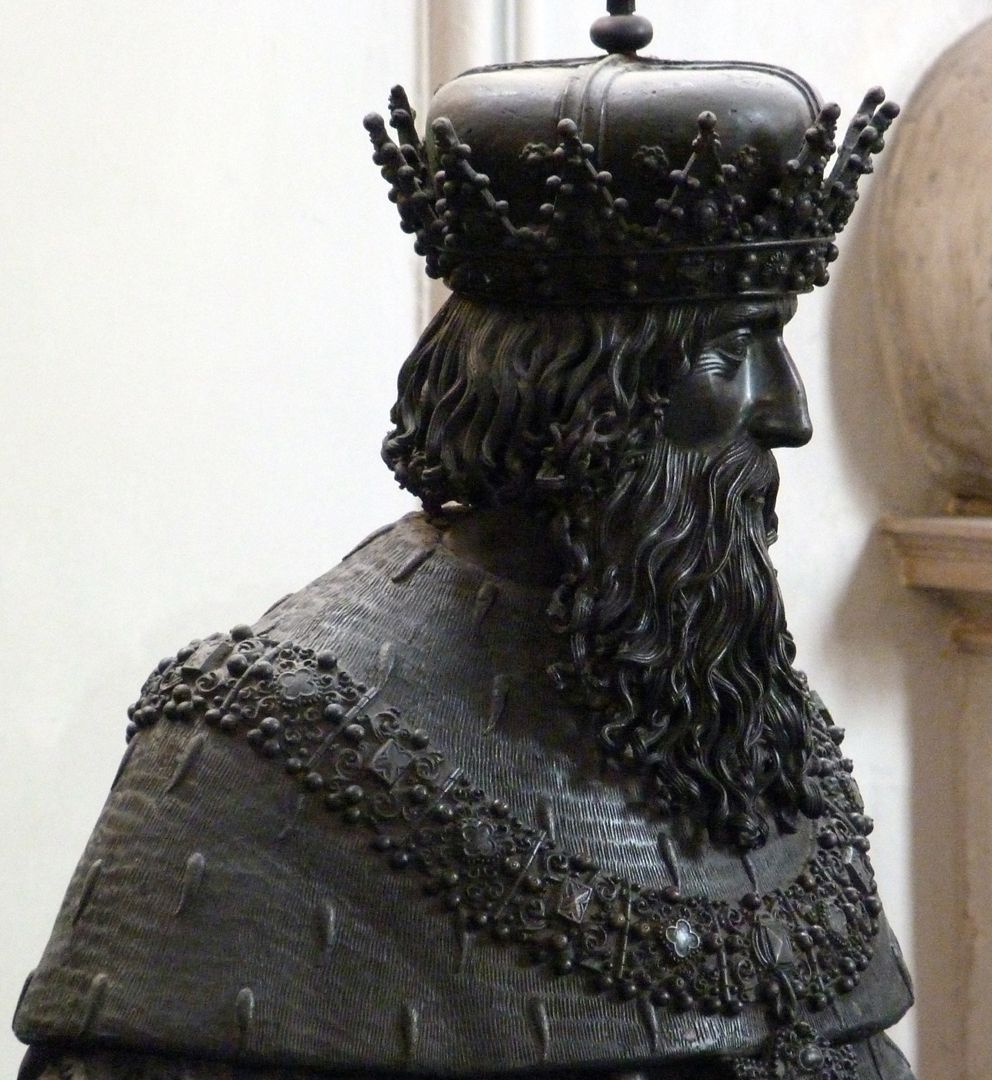 Leopold III (Innsbruck) Büste, seitliche Ansicht