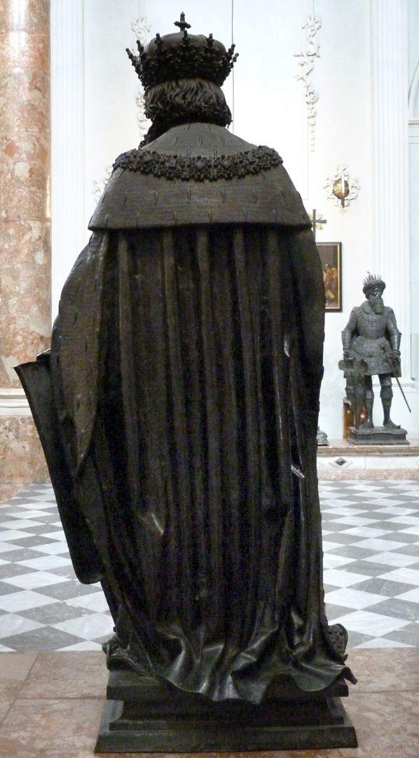 Leopold III (Innsbruck) Rückansicht