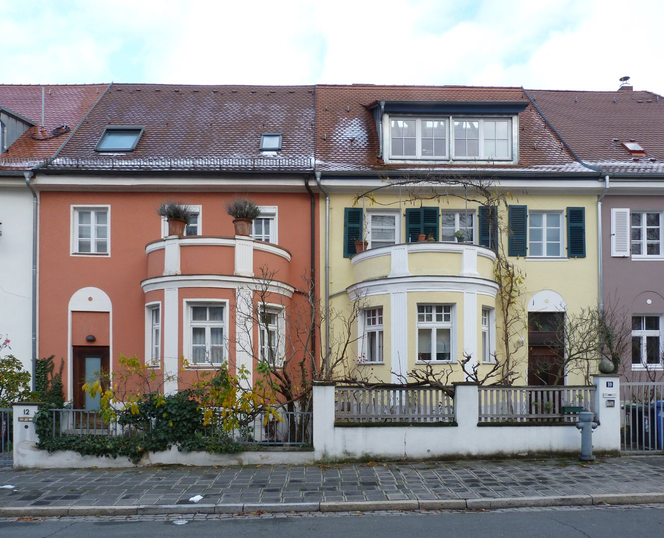Row of houses in Danziger Straße Front view