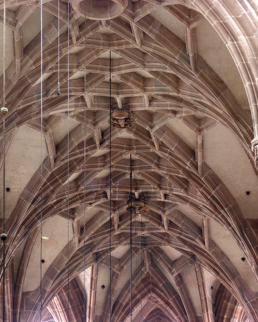 Die Lorenzkirche als Architektur Netzgewölbe des Binnenchors