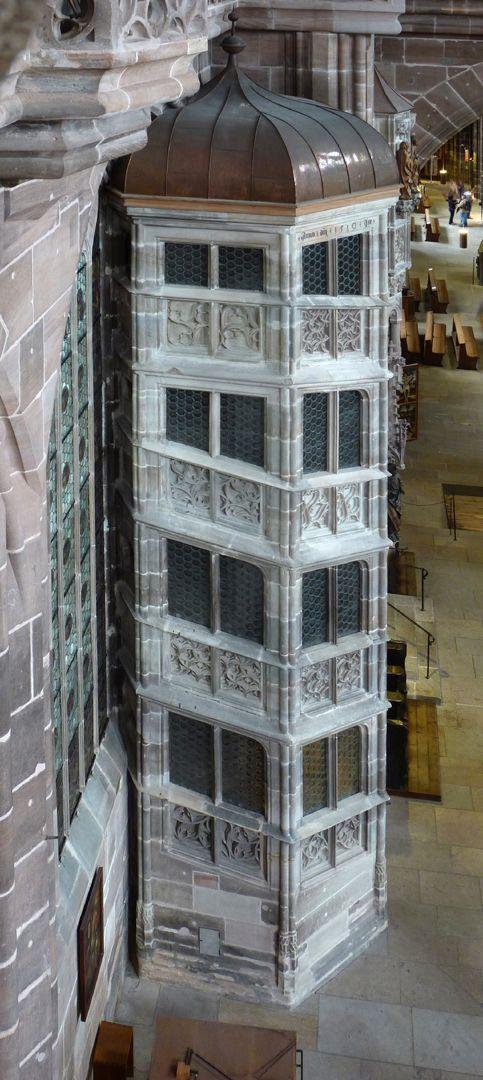Die Lorenzkirche als Architektur Treppenturm zur oberen Sakristei, Hans Beheim 1519.