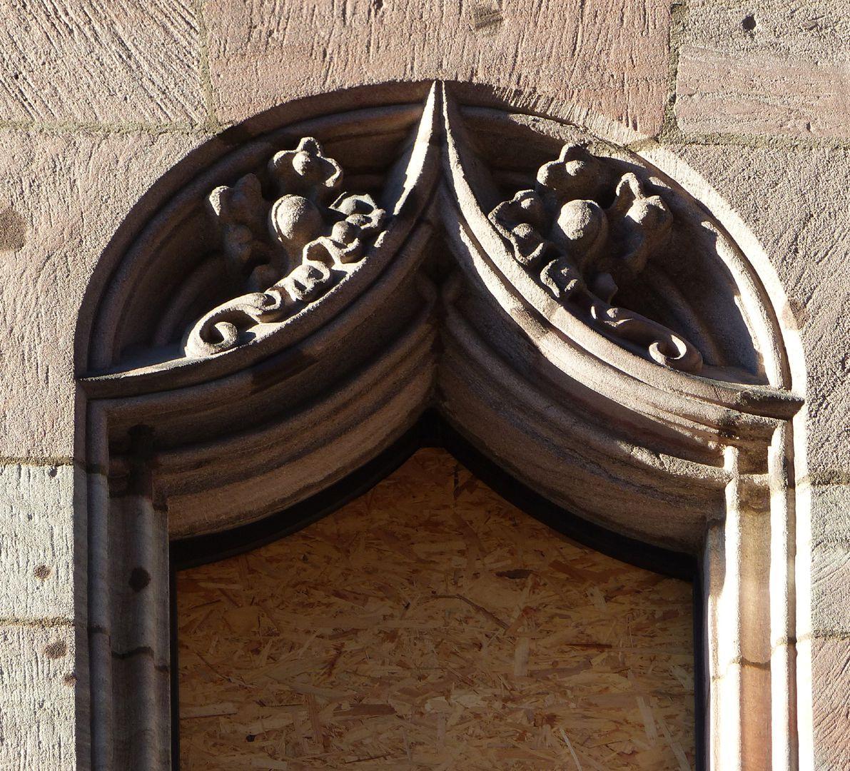 St. Lorenz-Church-Vicarage Fensternische mit Vorhangbogen