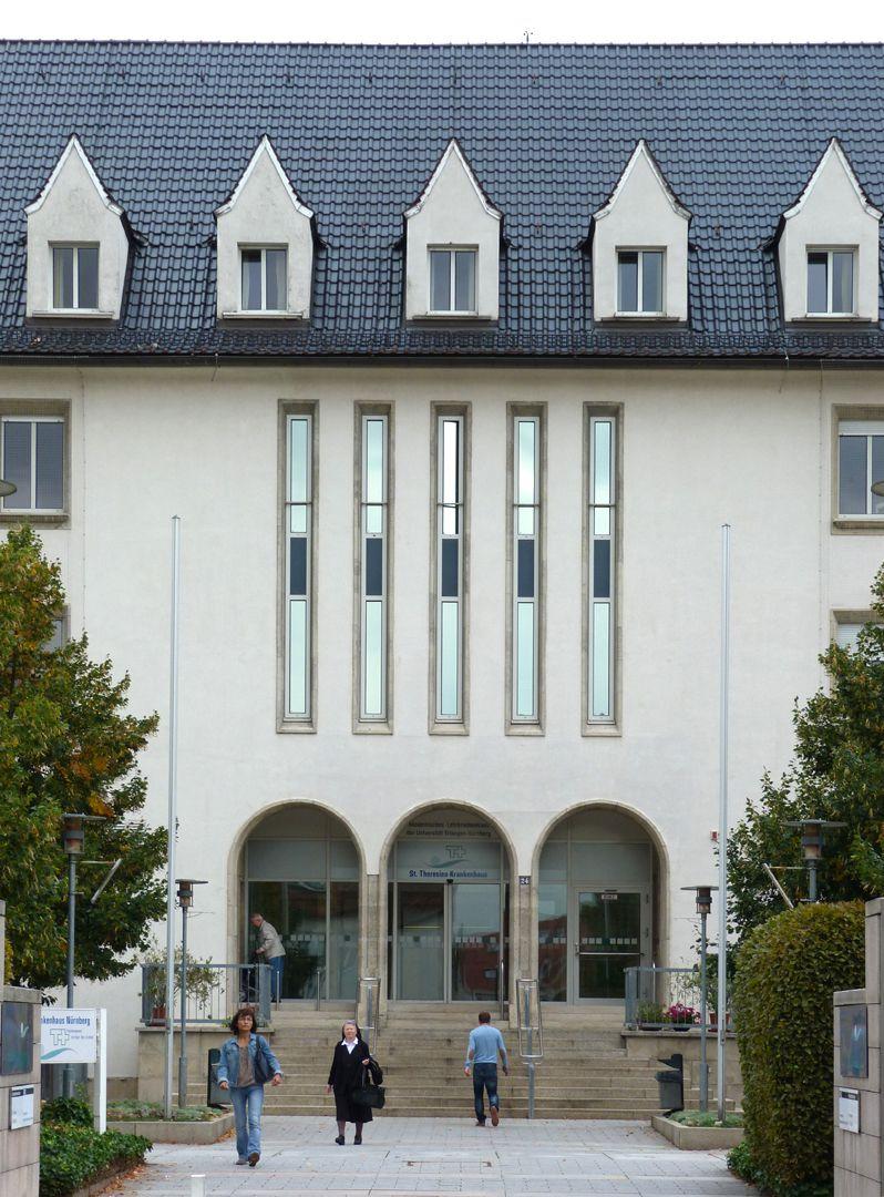 Theresien Hospital Main entrance