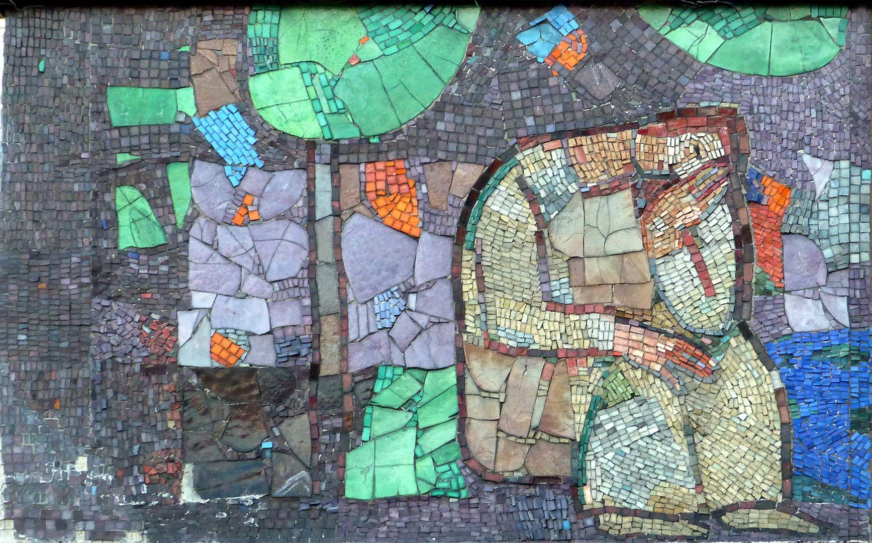 Mosaic on the Main Market (Hauptmarkt) in Nuremberg Starting scenes of the west mosaic strip, rest und a tree