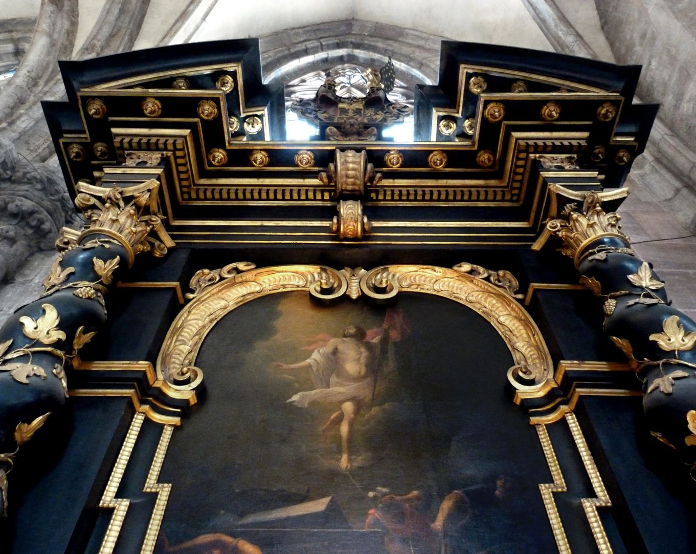 Muffel Altar View from below with the gable opened up