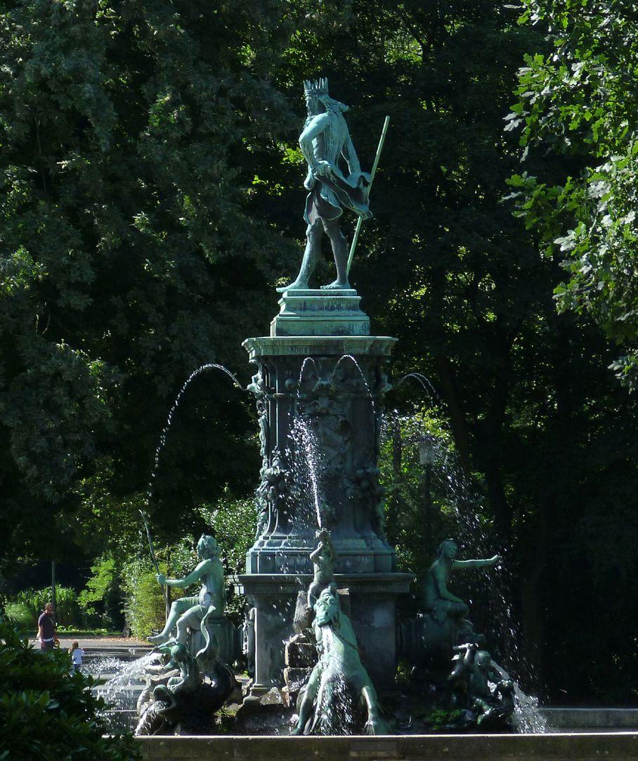 Neptun-Fountain Ansicht von Nord