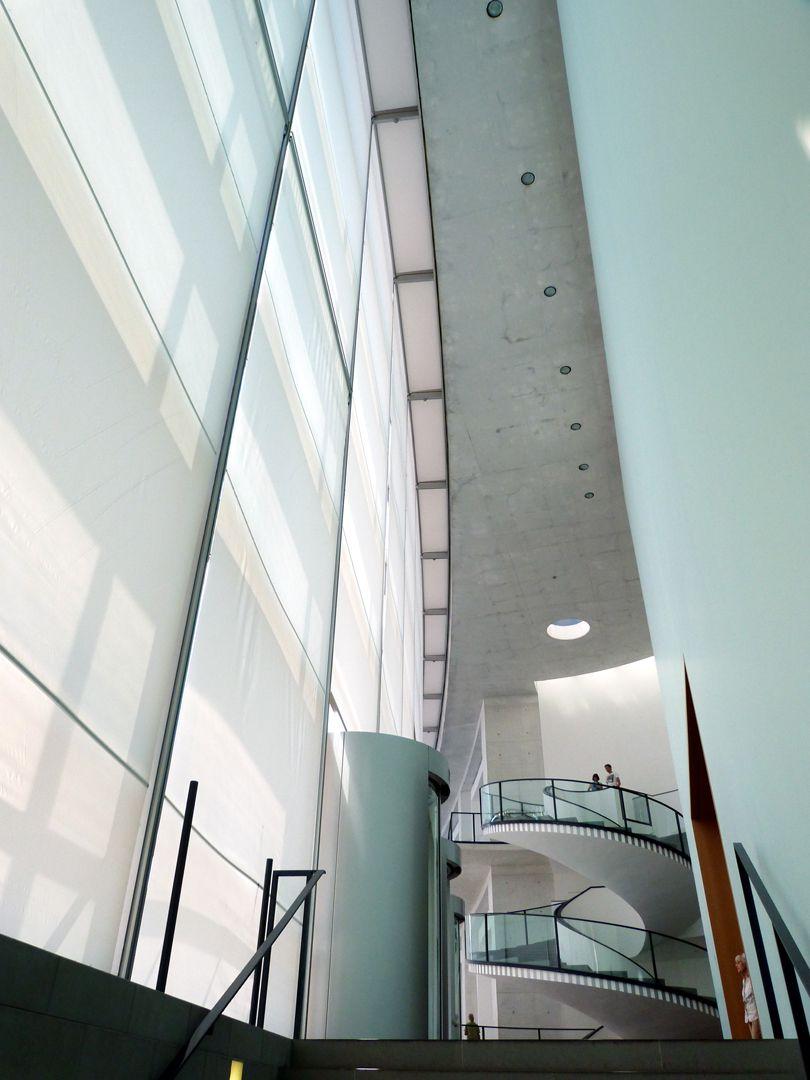 New Museum Nuremberg, Luitpoldstraße 5 and Klarissenplatz