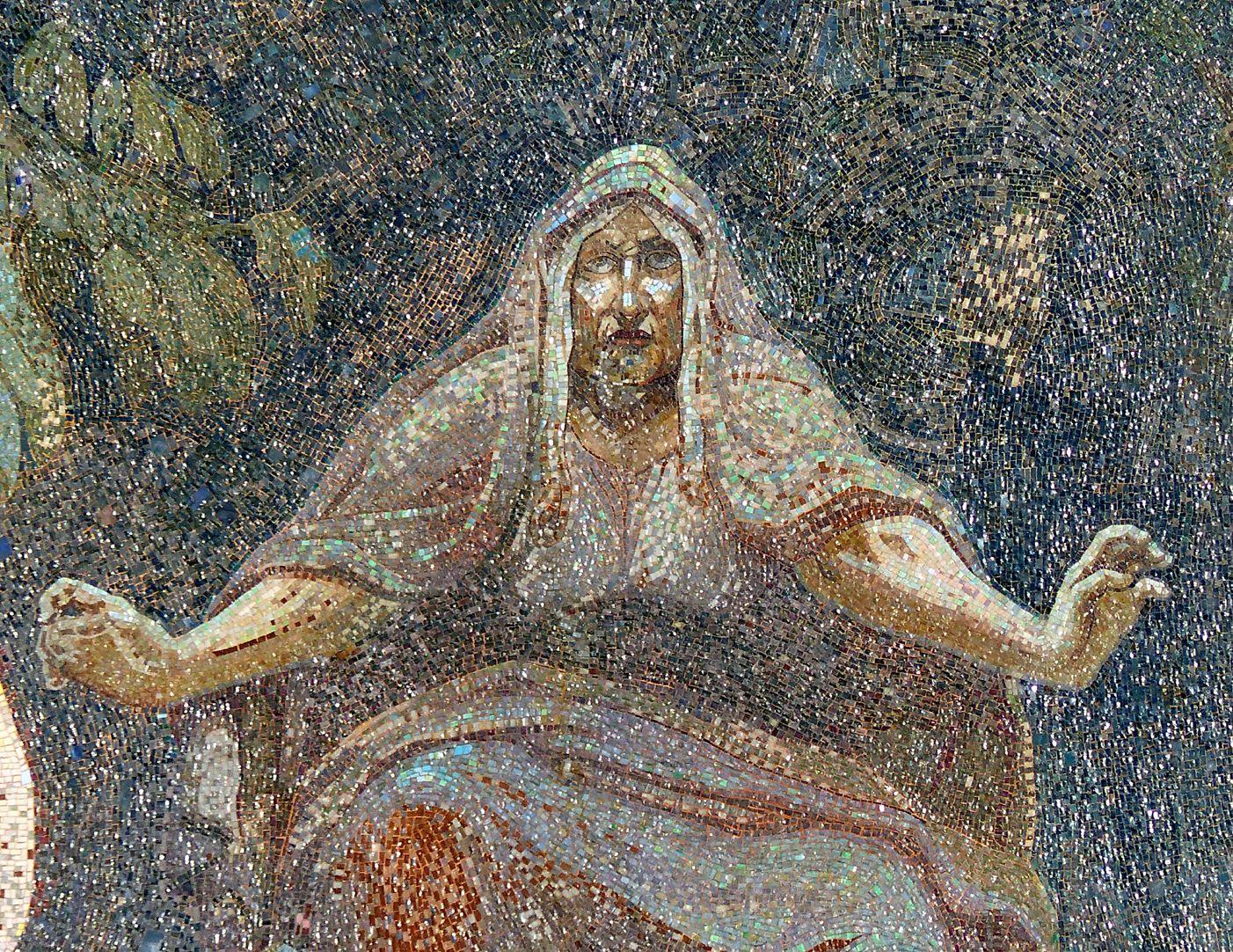 Opernhaus mittlere Norne (Schicksalsfrau aus der nordischen Mythologie)
