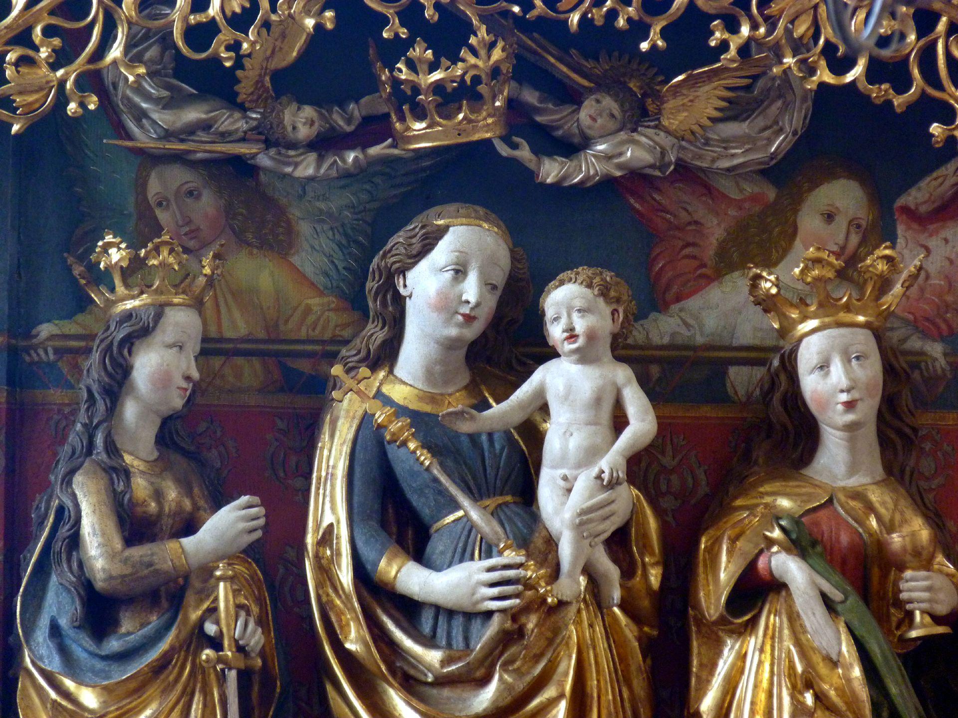 Osternoher Altar Schrein: Maria mit dem Kind zwischen den Hll. Katharina und Barbara